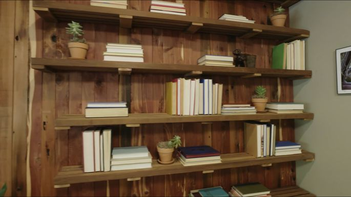 This bookshelf is a much better use of that cedar.