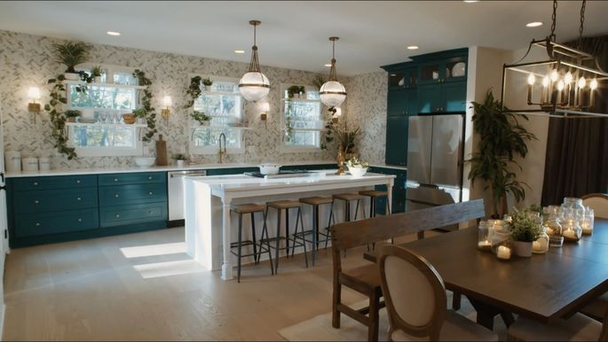 The colors in Tiffany Brooks and David Bromstad's kitchen are brilliant and bold.
