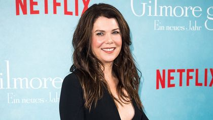 'Gilmore Girls' Star Lauren Graham Sells Charming West Village Apartment
