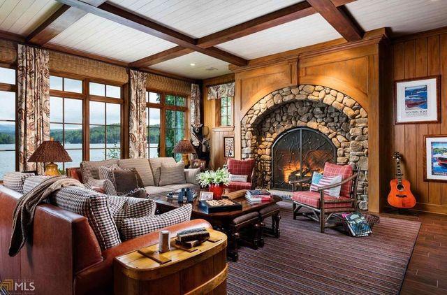 Fireplace3531MoccasinCreekRdClarkesvilleGA