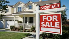 Buying a Short Sale: 4 Tips to Make Yours the Winning Offer