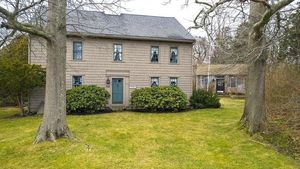 American History: Massachusetts Home Built in 1647 Is This Week's Oldest House for Sale