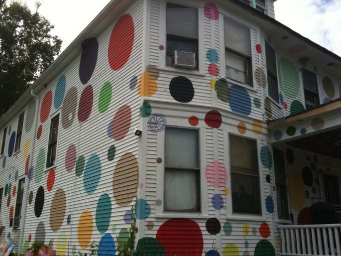We bet Twister is the game of choice under this roof.