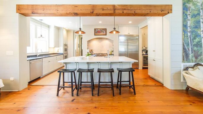 The kitchen was perfectly functional, but needed a design refresh.