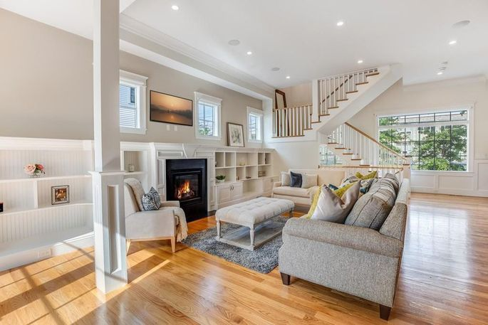 Living space with fireplace