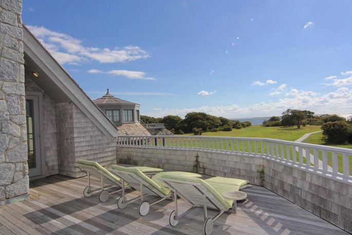The new property comes with a sun deck offering waterfront views.