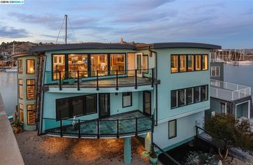 On the Dock of the Bay: Luxury Waterfront Home for Sale in Point Richmond
