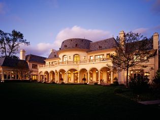$32 Million Le Grande Reve Chateau In Chicago Up For Auction