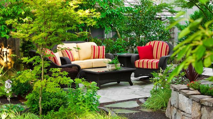 6 Mistakes To Avoid When Buying Outdoor Furniture Realtorcom - Why-wicker-patio-furniture-is-the-best-choice-for-your-outdoor-needs