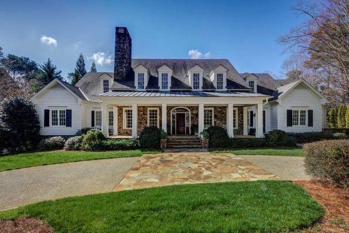 Exterior of estate in Atlanta