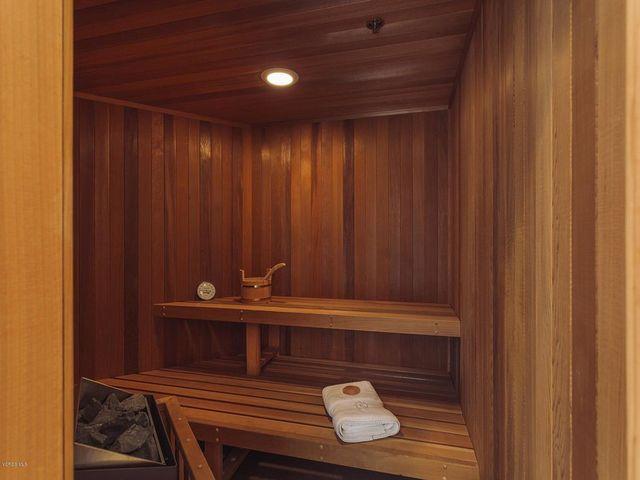 Bob Eubanks sauna