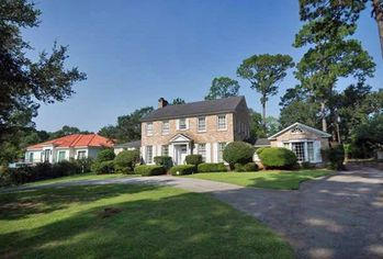 Why Real Estate Is Suddenly Looking Rosy in Mobile, AL