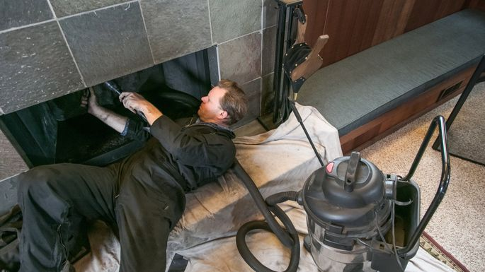 How To Tell If Your Chimney Needs Cleaning