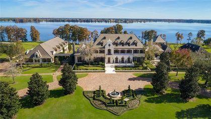 42,000-Square-Foot 'Majestic' Florida Mansion Lands on Market for $22M