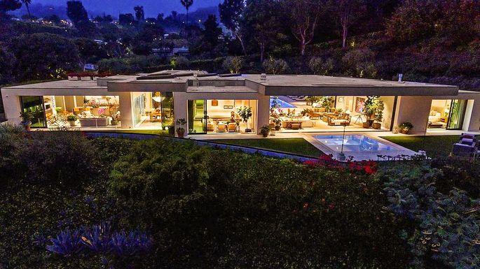 modern-mansion-beverly-hills-most-exp