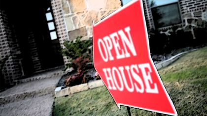 5 Times It's Smarter to Sell Your Old Home Before Buying a New One