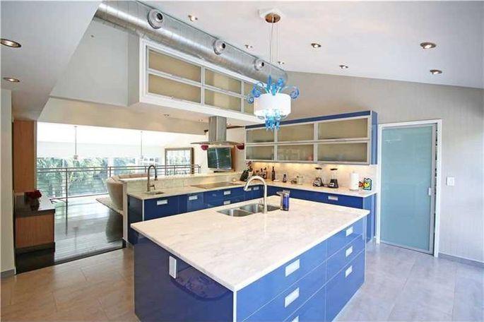 A bold blue kitchen