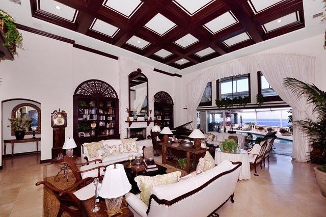Living space with coffered ceiling