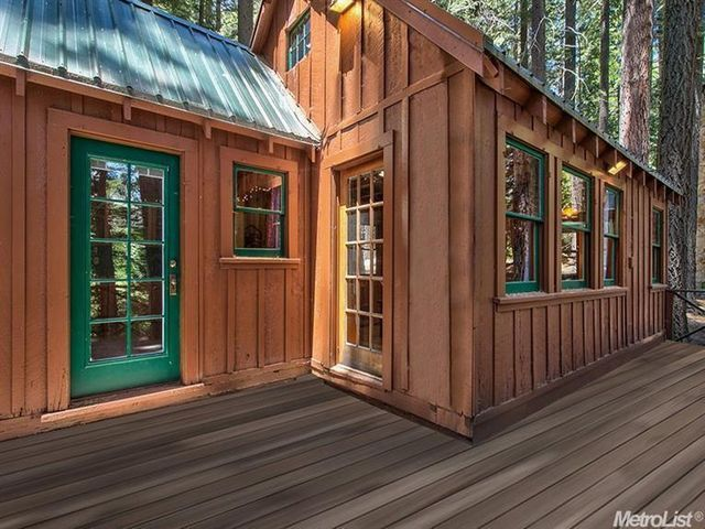 Tiny Houses California my bunk houses creates mobile self contained fully operational living spaces as a company that fully embraced the tiny house movement they work with their A View Of The House From The Porch