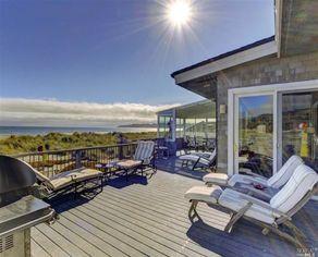 Author Danielle Steel Pens $9M Price for CA Beach Home