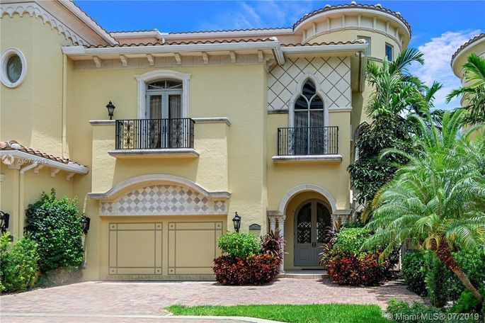 Darren Sharper's Florida island home