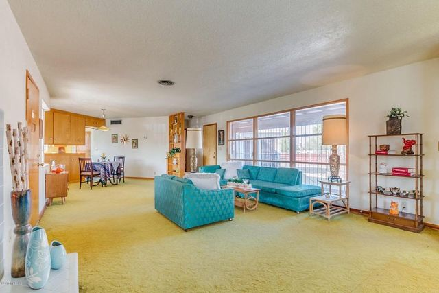 Retro Ranch Time Capsule In Tucson Is A Cool Mid Century