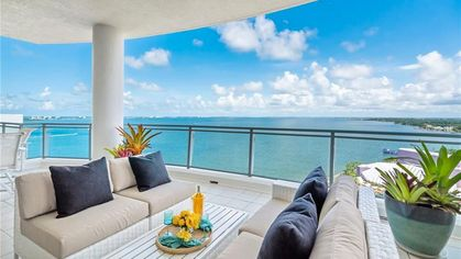 Why Won't Anyone Buy This Gorgeous $6M Sarasota Penthouse?