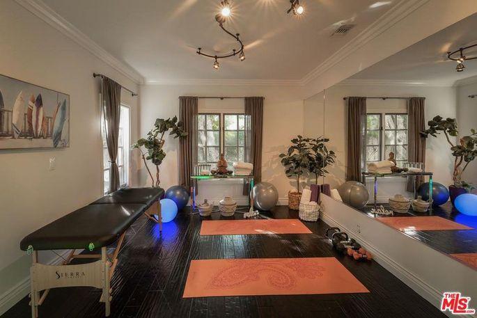 Massage/yoga studio