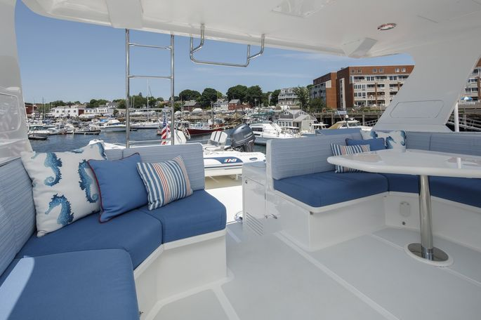 The aft deck lounge on Sandana.
