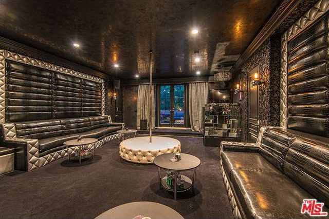 Slash's privatenightclub