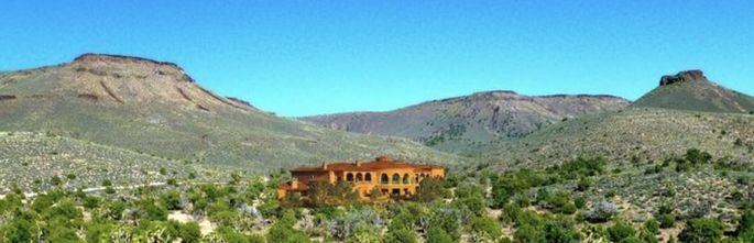 Imagine owning your own resort near the Grand Canyon.