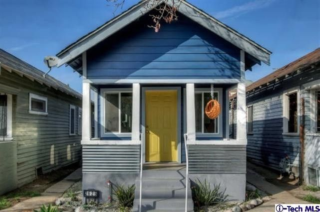 tiny house neighborhood. If You Buy The Tiny House At 2625 N. Main St. In Lincoln Heights Neighborhood Of Los Angeles, CA, Seller And Listing Agent David De Anda Will Supply
