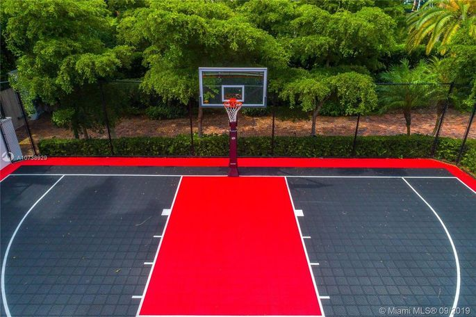 Basketball court in Miami Heat colors