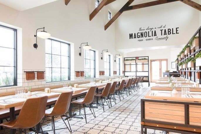 Chip And Joanna Gaines Make Over Their Restaurant Realtorcom - Magnolia table restaurant waco tx