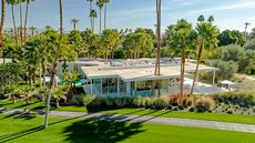 Fresh Modern Home Sprouts on Desert Land Once Owned by Gerald Ford