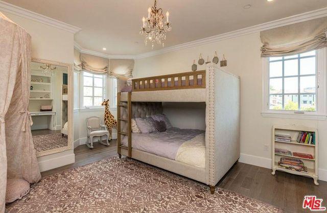 Sweet daughter's suite