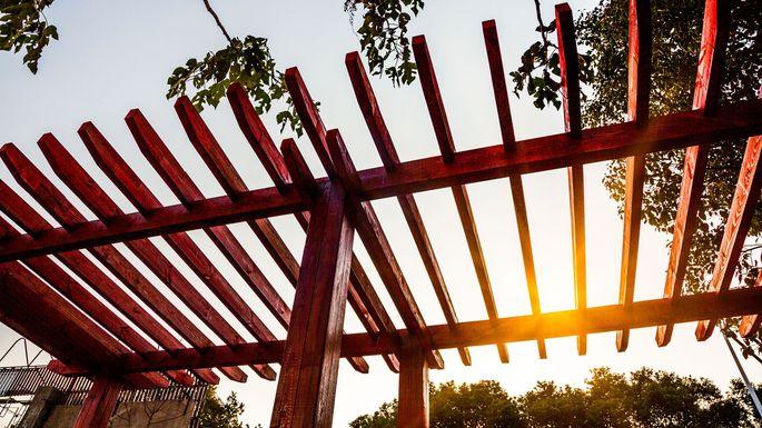 Pergola Fanjianhua/iStock. Garden Structures Can Transform ...