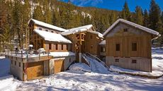 This Gorgeous Montana Home Is Made From Pieces of a Gold Mine!