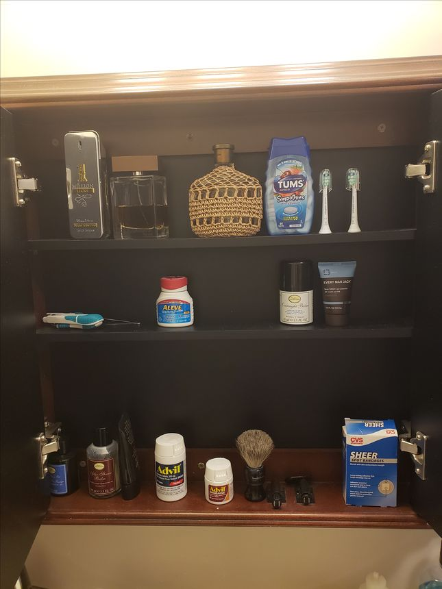 Behold: My much more organized medicine cabinet that's not overflowing.