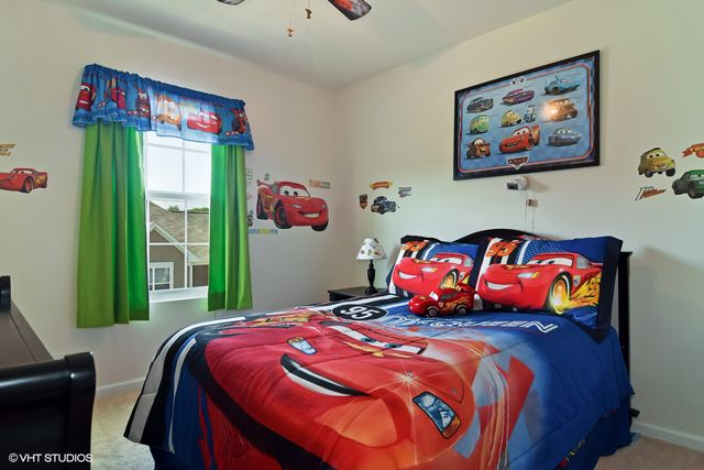 The same room was virtually staged with furnishings that appeal to kids.
