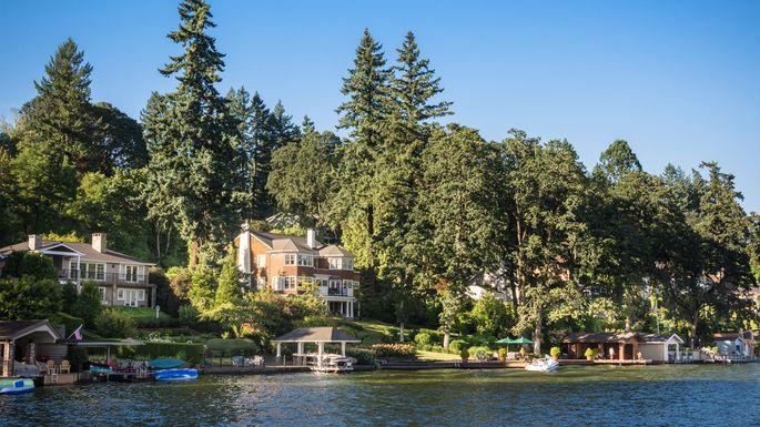 Lake-Oswego-homes