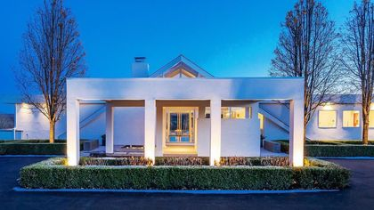 Palm Springs Vibes in Pennsylvania? Midcentury Modern Gem on the Market for $3.5M