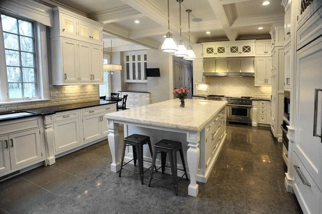 Kitchen561CircleLnLakeForestIL