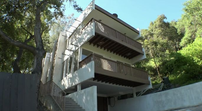 After: This new stucco gives the home a cleaner look.