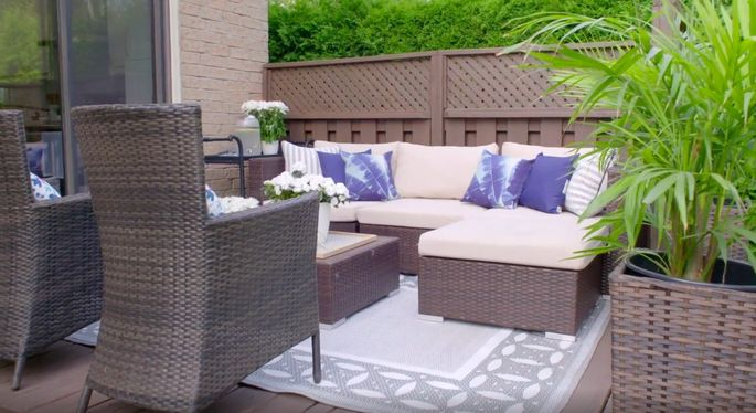 A little power-washing and a few new furniture pieces make a huge difference to a patio.
