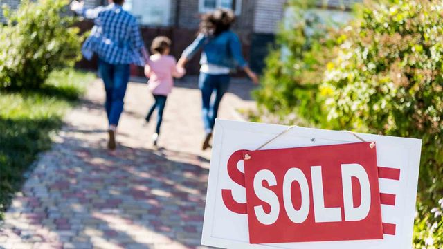 Home Buyers See Recession as Likely, but It's Not Stopping Them
