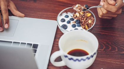 5 Annoying Work-From-Home Habits You Need To Stop Doing Right Now