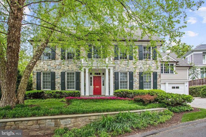 Tucker Carlson's home in Washington, DC