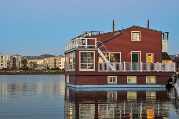 You'll Need Sea Legs: This Alameda Home Sits on the Water