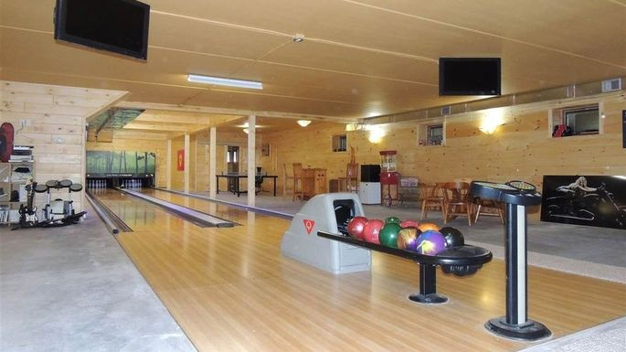 Bowling For Bargains The Cheapest Home With A Bowling